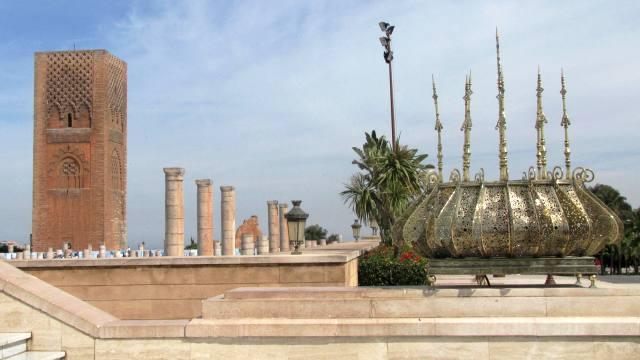 Maroc Rabat tour Hassan vue du mausolée