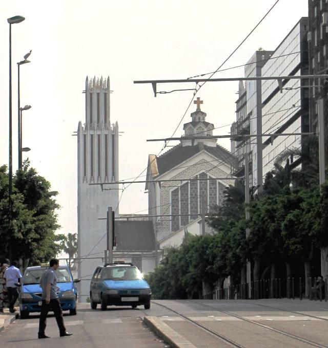 Maroc Rabat Cathedrale Saint Pierre vue depuis la place Mohamed V