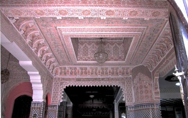 Plafond du restaurant entre Rabat et Meknes