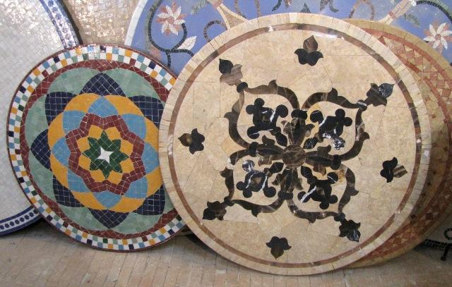 Maroc Fes tables en mosaiques